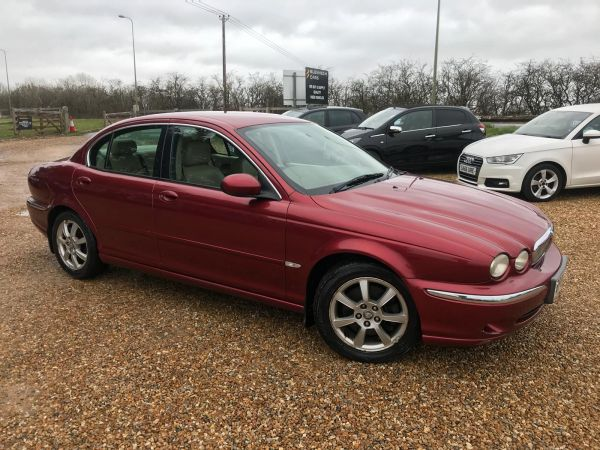 Used JAGUAR X-TYPE in Witney, Oxfordshire for sale