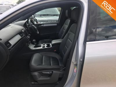 VOLKSWAGEN TOUAREG V6 ALTITUDE TDI BLUEMOTION TECHNOLOGY - 3356 - 24