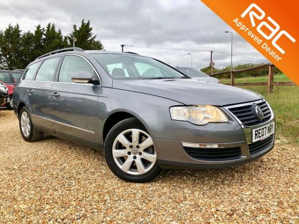 Used VOLKSWAGEN PASSAT in Witney, Oxfordshire for sale