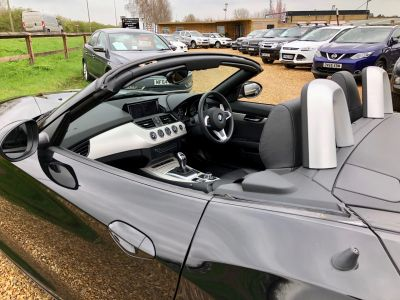 BMW Z SERIES Z4 SDRIVE20I ROADSTER - 2859 - 32