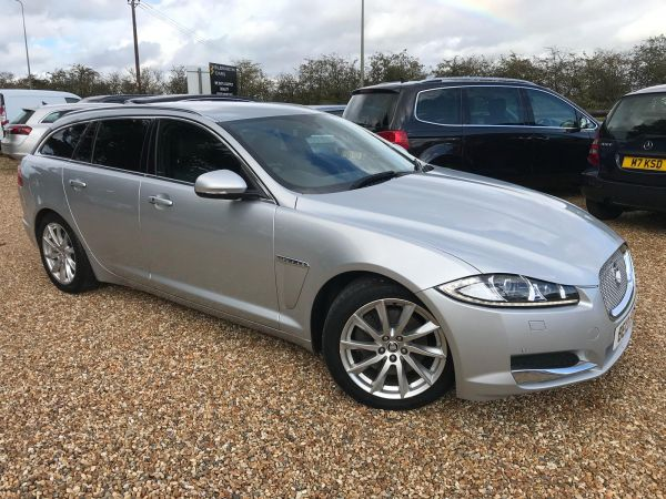 Used JAGUAR XF in Witney, Oxfordshire for sale