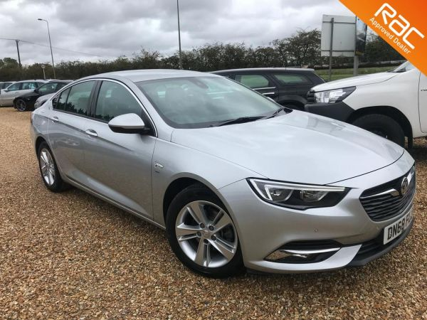 Used VAUXHALL INSIGNIA in Witney, Oxfordshire for sale
