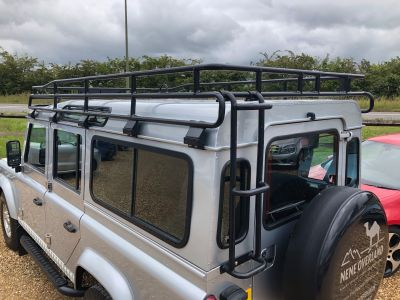 LAND ROVER DEFENDER 110 XS STATION WAGON - 3113 - 9