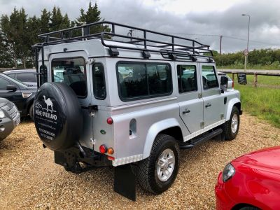 LAND ROVER DEFENDER 110 XS STATION WAGON - 3113 - 8