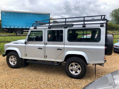 LAND ROVER DEFENDER 110 XS STATION WAGON - 3113 - 5