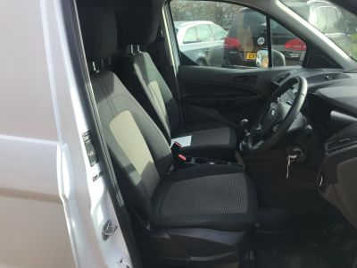FORD TRANSIT CONNECT 210 BASE TDCI - 3436 - 17