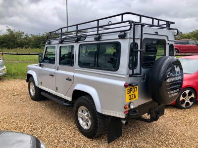 LAND ROVER DEFENDER 110 XS STATION WAGON - 3113 - 6