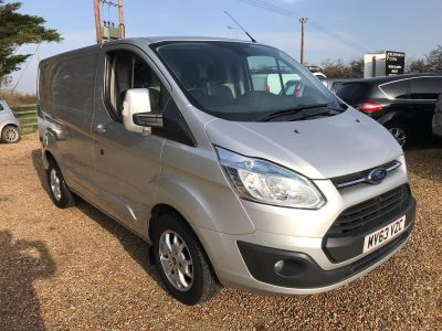 FORD TRANSIT CUSTOM 270 LIMITED LR P/V - 3458 - 3