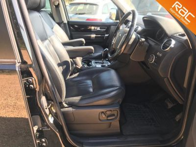 LAND ROVER DISCOVERY 4 TDV6 HSE - 3414 - 9