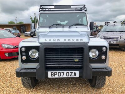 LAND ROVER DEFENDER 110 XS STATION WAGON - 3113 - 2