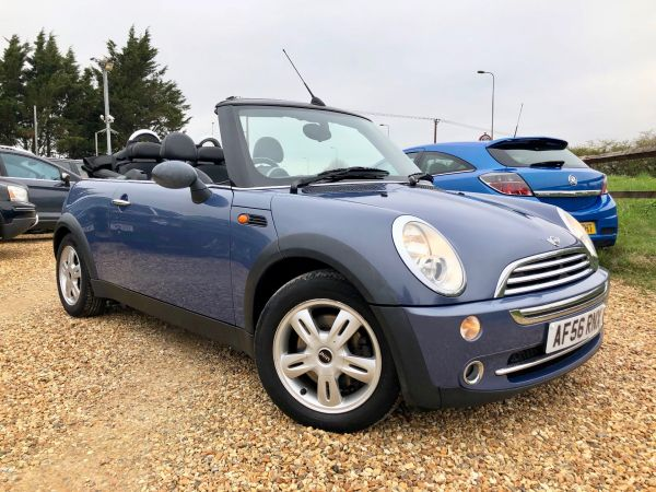 Used MINI CONVERTIBLE in Witney, Oxfordshire for sale
