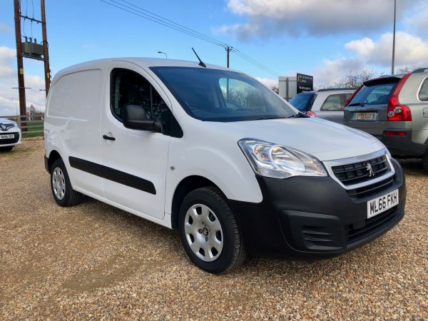 Used PEUGEOT PARTNER in Witney, Oxfordshire for sale