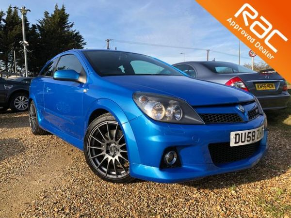 Used VAUXHALL ASTRA in Witney, Oxfordshire for sale